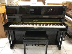 Černé pianino v dobrém stavu, záruka 2 roky, doprava zdarma.