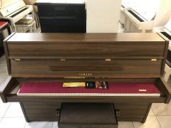Pianino YAMAHA model LU101 made inJapan, sezárukou 2roky