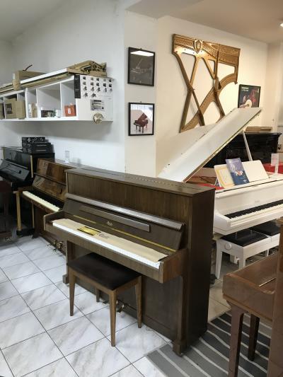 Pianino Rösler - Petrof r.v.1994, sezárukou, první ladění
