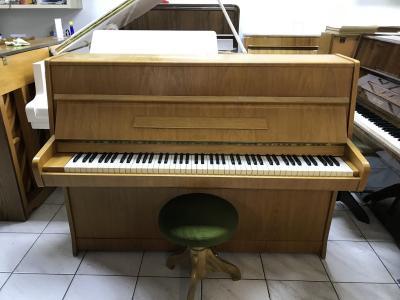 Pianino Rösler - Petrof v záruce, doprava zdarma, židle v ceně.