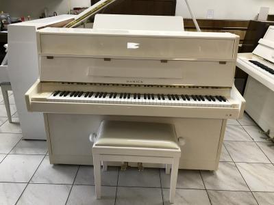 Korejské pianino Samick ve velmi dobrém stavu, se zárukou