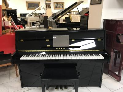 Pianino YAMAHA MODEL C 109 sezárukou 3 roky.