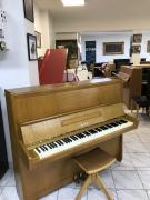 Pianino Petrof Opera 125.