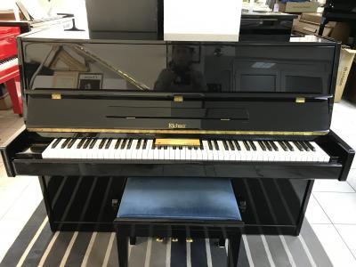 Černé pianino Richter v záruce, doprava zdarma, židle