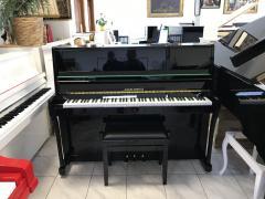 Krásné pianino A. Förster - Petrof 116 IV s židlí.