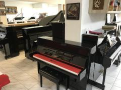 Pianino Petrof, v záruce, včetně klavírní židle, doprava zdarma.
