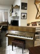 Petrof 114 Klasic se zárukou 2 roky, nová klavírní židle.