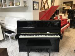Pianino Petrof 115 ve velmi dobrém stavu.