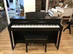 Piano Yamaha CLP - 430 ve velmi dobrém stavu, první majitel.