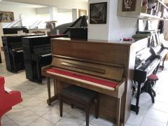 Pianino Petrof model 125 sezárukou, doprava zdarma.