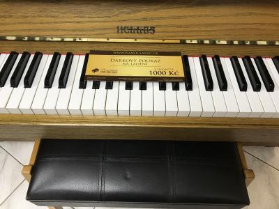 Finské pianino Hellas sezárukou, doprava zdarma.