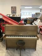 Pianino Petrof model K114
