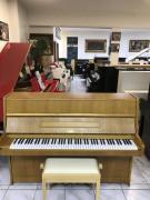 Pianino Rösler - Petrof se zárukou 2roky, včetně klavírní židle.
