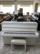 Bílé pianino Yamaha sezárukou, doprava do100km zdarma