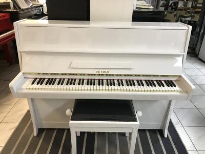 Pianino Petrof model Klasik, sezárukou a doprava zdarma.