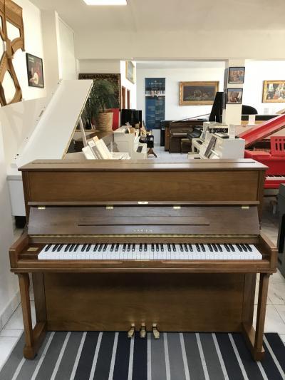 Korejské pianino Samick sezárukou, první ladění v ceně