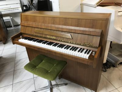 Německé pianino Ferd Manthey sestoličkou