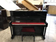 Pianino Petrof P 118 opusové číslo 523 044 ve velmi dobrém stavu.