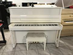 Pianino W. HOFFMANN - C.BECHSTEIN.