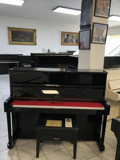 Pianino PETROF 118 po prvním majiteli, se zárukou, doprava zdarma.
