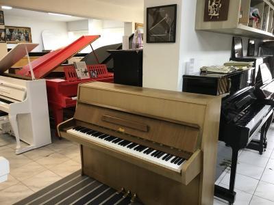 Pianino Rösler - Petrof poprvním majiteli, záruka, doprava zdarma.