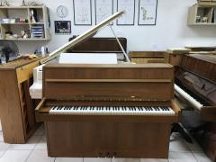 Holandské pianino Rippen ve velmi dobrém stavu.
