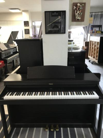 Digitální piano Roland HP530E sžidlí