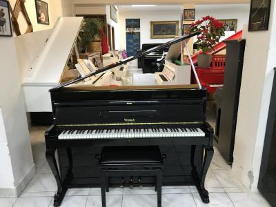 Černé pianino Weinbach - Petrof.