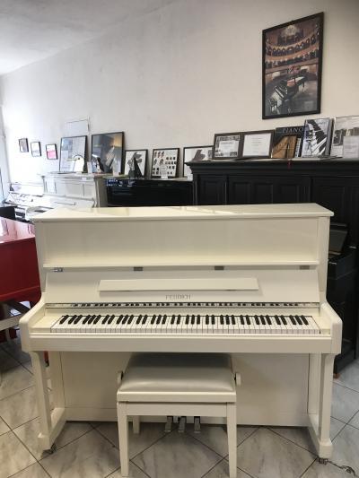 Pianino FEURICH model122 Universal