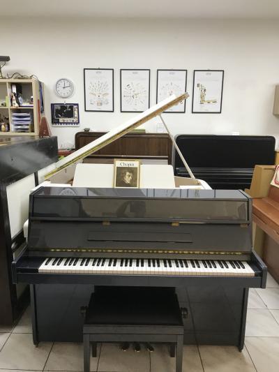 Piano Royal, antracitová metalíza
