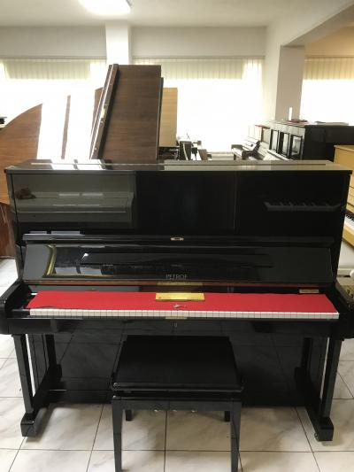 Pianino PETROF125 sRENNER mechanikou, záruka 3roky.