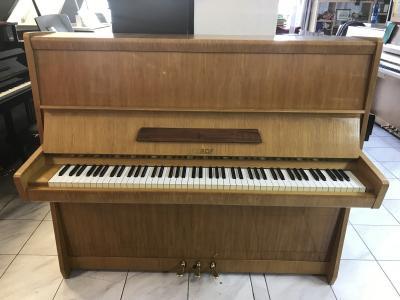 Pianino Petrof Opera 125