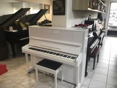 Pianino PETROF 125 včetně nové židle.