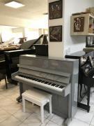 Šedé pianino Weinbach - Petrof