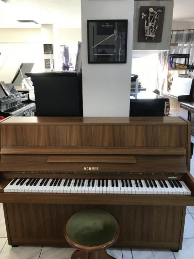 Pianino Hohner sezárukou