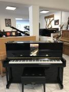 Akustické a digitální pianino vjednom